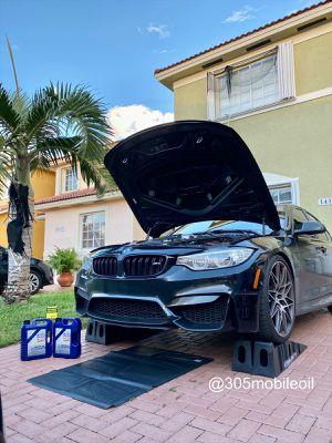 Mobile oil change for Sale in Miami, FL