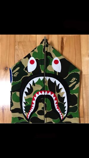Bape Green Camo Size Medium for Sale in Milwaukee, WI