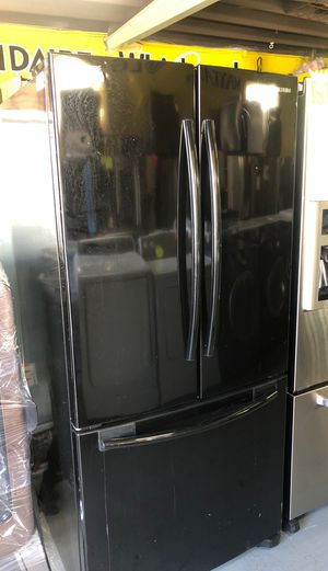 Samsung black stainless $450 for Sale in Los Angeles, CA
