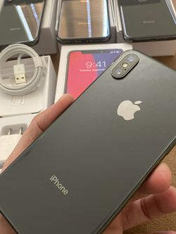 iPhone X Gray 256gb Unlocked For Any Carriers (Liberado para Cualquier Compania ) for Sale in Montebello,  CA
