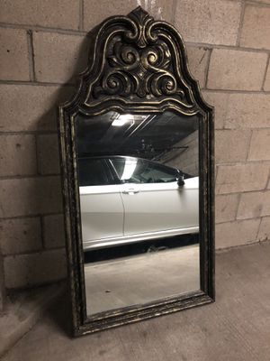 Big wall mirror for Sale in Long Beach, CA