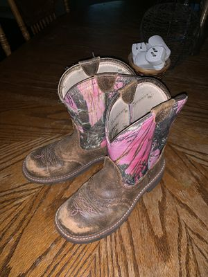 Ariat Fatbaby women size 8B pink camo boots for Sale in Fort Meade, FL