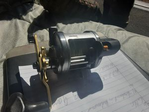 Shimano takota 500lc, reel with line counter for Sale in Bend, OR