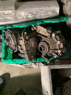 Car/Truck parts Transfercase, Valve covers etc for Sale in Livermore, CA