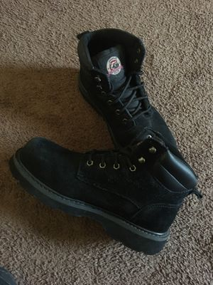 Size 9 Steeltoe work boots for Sale in Beverly, NJ