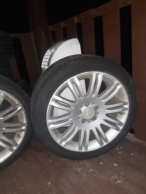 Mercedes Benz tires for Sale in Springfield, MA