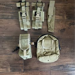 Military Issued Tactical Tailor Khaki Pouches for Sale in Seattle,  WA