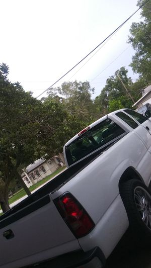 Chevy Silverado for Sale in Saint Petersburg, FL