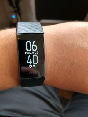 Fitbit charge 4 for Sale in Santa Ana, CA