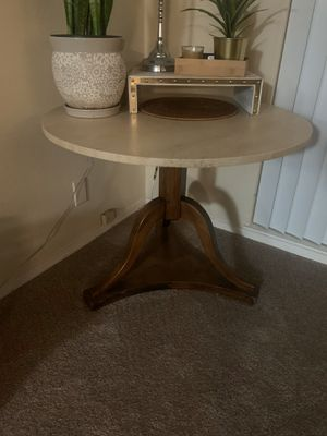 Living room Side table! for Sale in San Carlos, CA