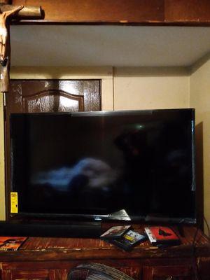 55 in tv for Sale in Laredo, TX