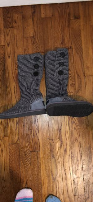 Grey Cardi Ugg Boots size 7! for Sale in Pittsburgh, PA