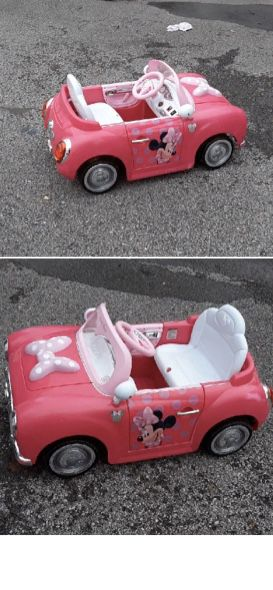 Kid sized mine mouse battery powered convertible car for Sale in UPPR Saint CLAIR, PA