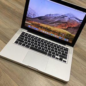 Macbook Pro ( Late 2011 ) for Sale in Los Angeles, CA