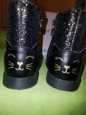 Carter's baby girl boots size 8 for Sale in Desert Hot Springs, CA