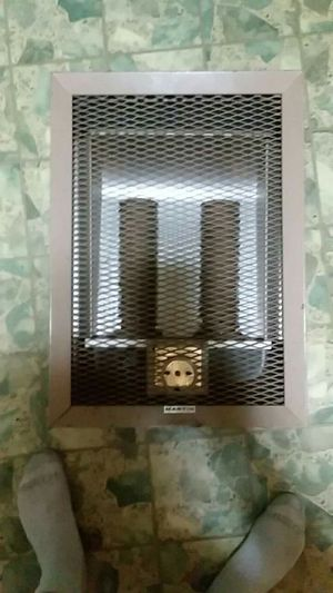 220 wall mount heater for Sale in Vidalia, GA