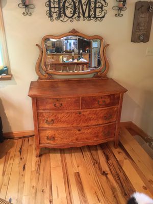 Dresser for Sale in Enon Valley, PA