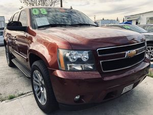 2008 Chevy Avalanche LTZ w/ 140k miles for Sale in Whittier, CA