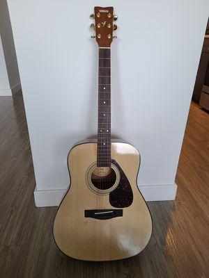 Yamaha F335 Acoustic Guitar for Sale in Alexandria, VA