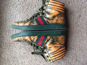 Hi-top Gucci men sneakers for Sale in Washington, MD