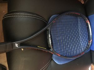 Yonex vcore tennis racket for Sale in Shadow Hills, CA