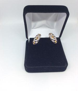 18k ladies earrings with diamonds 💎 for Sale in Dallas, TX