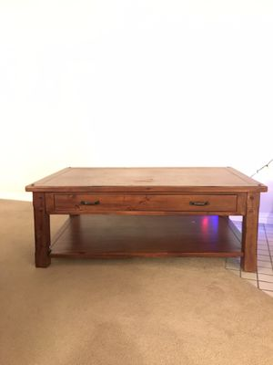 Mahogany Wood Coffee Table, Great Condition for Sale in Pleasant Hill, CA