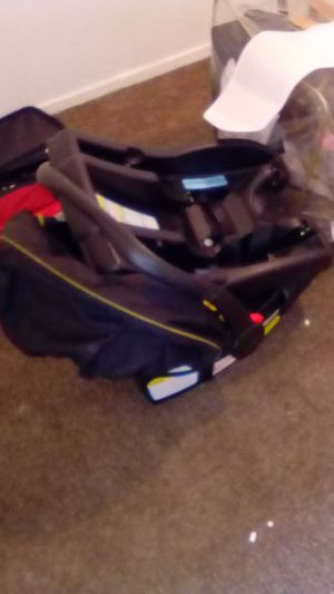 Free infant baby car seat for Sale in San Bernardino, CA