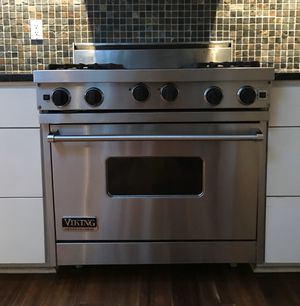 """Viking 36"""" Professional Gas Range Oven + Griddle for Sale in Costa Mesa, CA"""