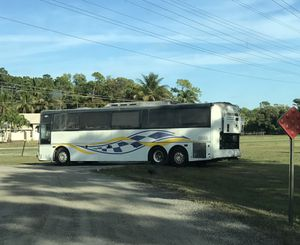 Vanhool 40 footer excellent runner Cummins Allison auto church bus schoolie Rv project coach for Sale in West Palm Beach, FL