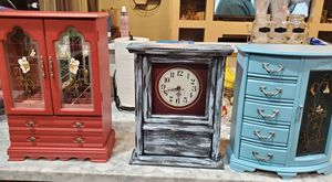 Antique jewelry boxes and clock for Sale in Concord, CA