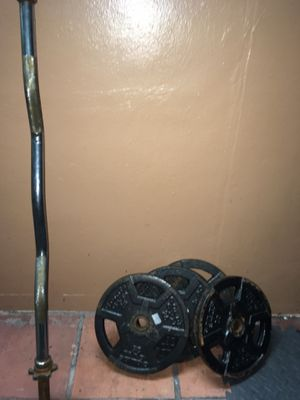 Curl bar with 100Lbs weights for Sale in Miami, FL