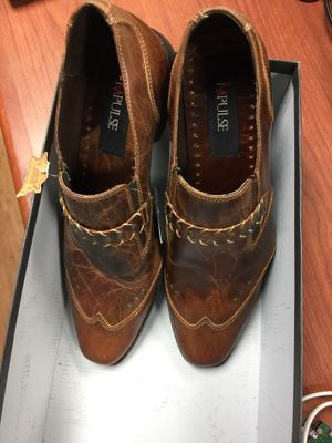 Man shoes size 7 for Sale in Miami, FL