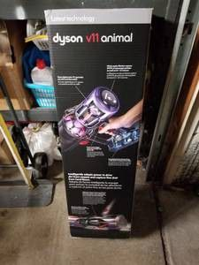 Dyson v11 animal new in box vacuum cleaner for Sale in Bishop, CA