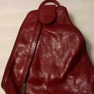 Clark's Red Leather Backpack for Sale in Hollywood, FL