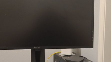 Asus Vg245h Gaming Monitor for Sale in Fresno,  CA