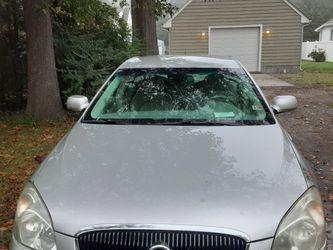 Buick lucerne Silver 4 Door Sedan for Sale in Hampton,  VA