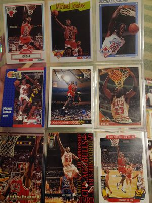 Random Michael Jordan cards from 90 to 99 for Sale in Clovis, CA