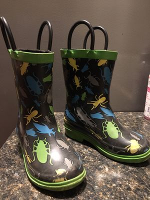 Kids rain boots size 9 for Sale in Vancouver, WA