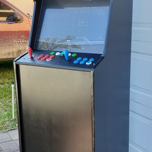 Vintage retro arcade machine with thousands of games for Sale in Miami, FL