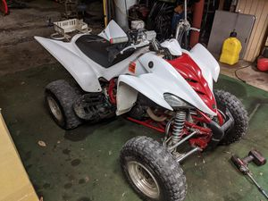 YAMAHA RAPTOR 350 (340 hours) VERY CLEAN for Sale in Montgomery, IL