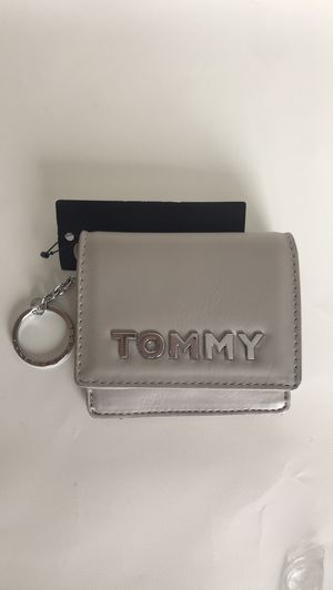 Tommy hilfiger ladies wallet leather snap on for Sale in North Bay Village, FL