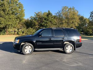 07 Chevy Tahoe 128k miles! for Sale in Mustang, OK