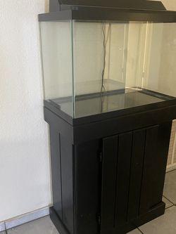 Fish tank for Sale in San Bernardino,  CA