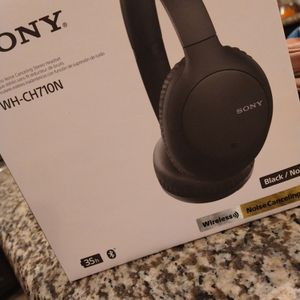 Sony Headphones for Sale in West Covina, CA