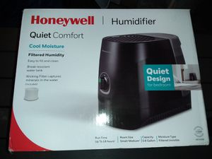 Honeywell humidifier cool mist for Sale in Windsor, VA