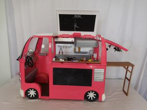 """Our Generation Grill to Go Pink Food Truck Van for 18"""" Dolls + Food and Accessories for Sale in Lake Elsinore, CA"""
