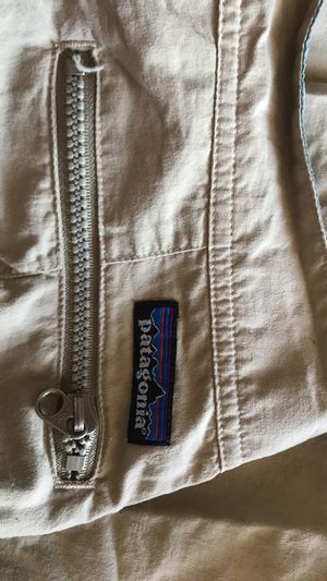 Patagonia Men's size 32 pants for Sale in Hayward, CA