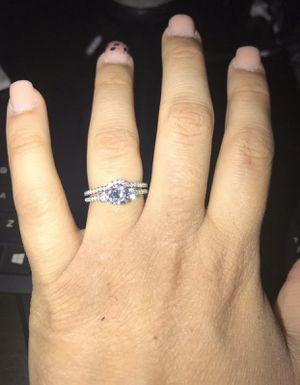 Wedding set size 8. Beautiful wedding ring. for Sale in Wimauma, FL