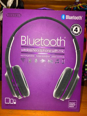 Bluetooth wireless headphones for Sale in Long Beach, CA